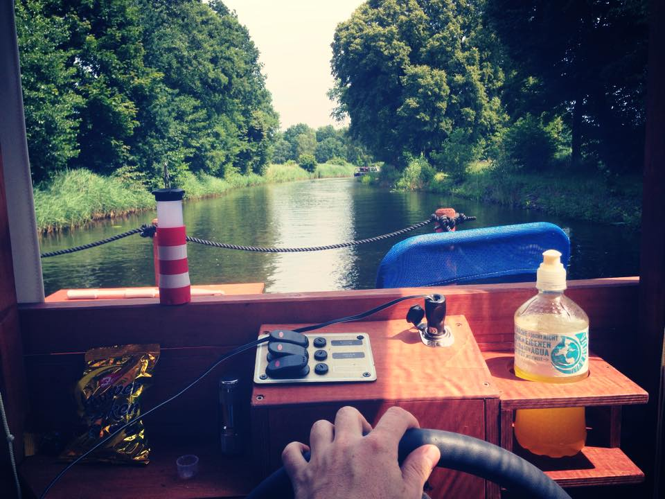 hausboot_dahme_ufer_flossfahrt_02